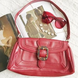 * Liz + Co Square Tortoise Shell Buckle Red Bag